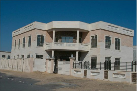 2-Villas-in-Khwaneej-002